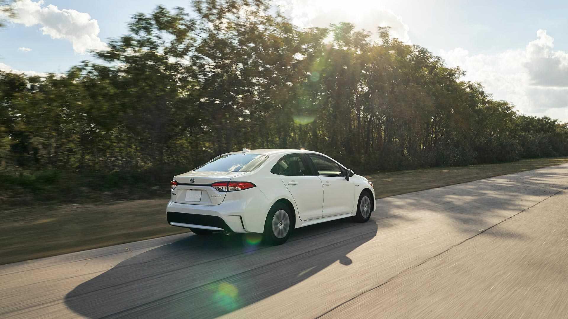 publicité voiture hybride